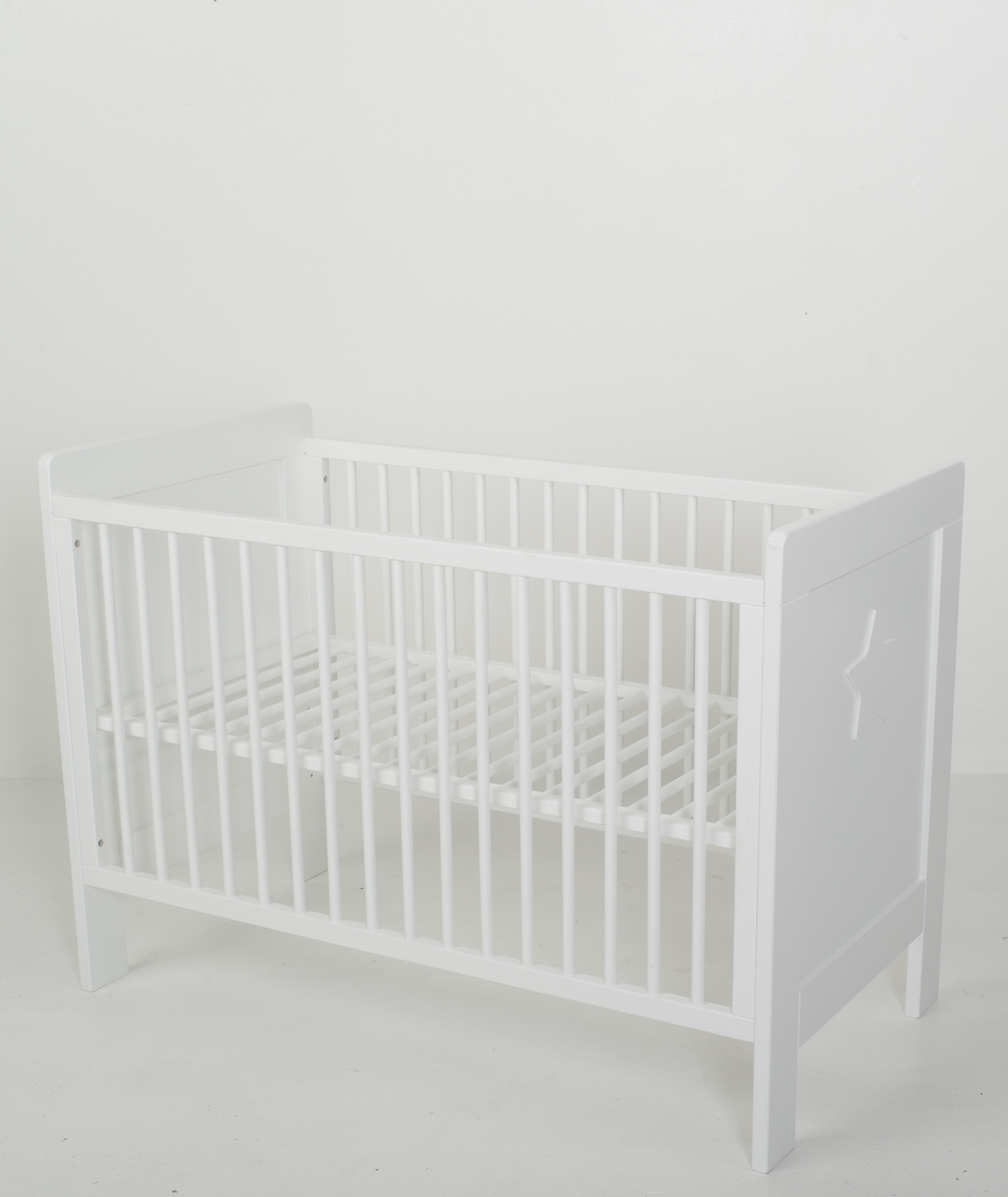 lit b b star quax chez tendre amour. Black Bedroom Furniture Sets. Home Design Ideas